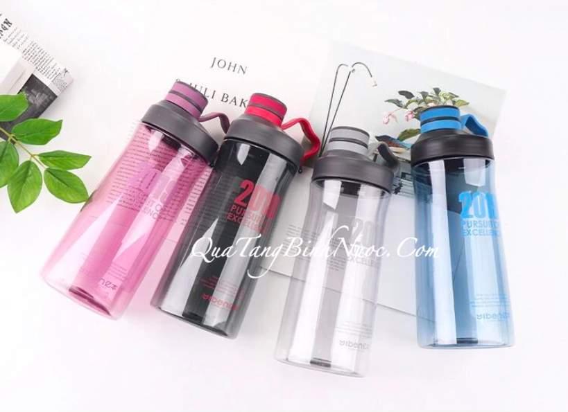 Bình Nước Nhựa 1,2 Lít & 1,6 Lít Q066 13
